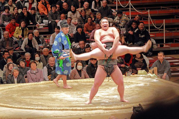 大相撲の「初切(初っ切り:しょっきり)」が面白い