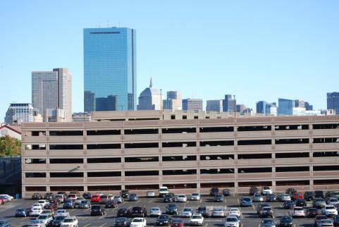 余計なモノを買わずに有料駐車場を無料or格安で利用するライフハック