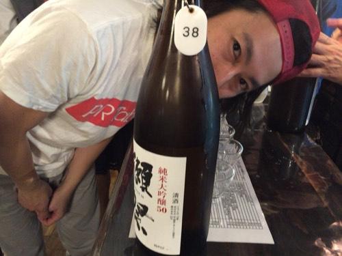 """「かいのみ(四ツ谷)」30分あたり500円の日本酒飲み放題に貝づくしで酒池""""貝""""林"""